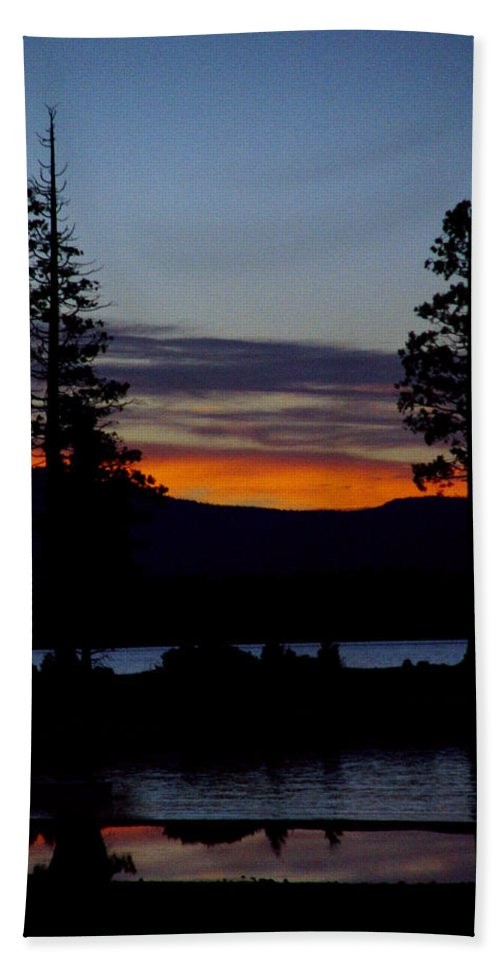 Lake Almanor Beach Sheet featuring the photograph Sunset At Lake Almanor by Peter Piatt