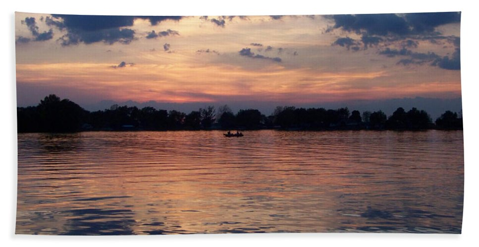Lake Beach Sheet featuring the photograph Sunset On Lake Mattoon by Kathy McClure