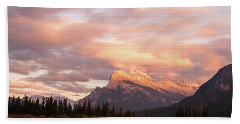 Mount Rundle Beach Towel featuring the photograph Sunset On Mount Rundle by Alex Lapidus