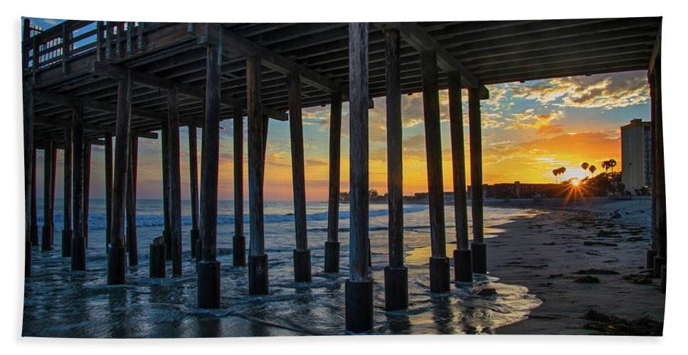 Ventura Beach Beach Towel featuring the photograph Sunset Under The Ventura Pier by Lynn Bauer