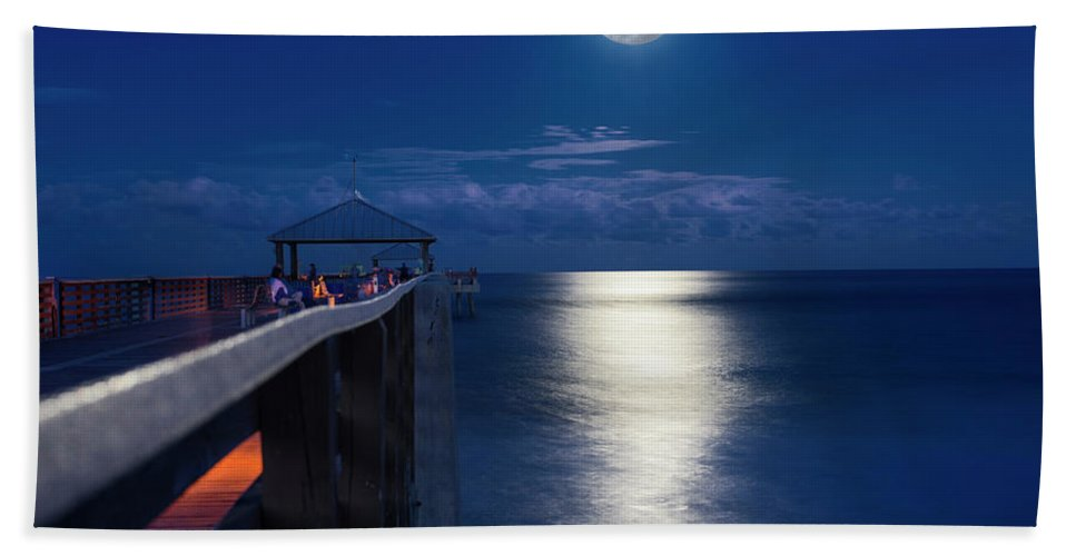 Full Moon Beach Towel featuring the photograph Super Moon At Juno by Laura Fasulo