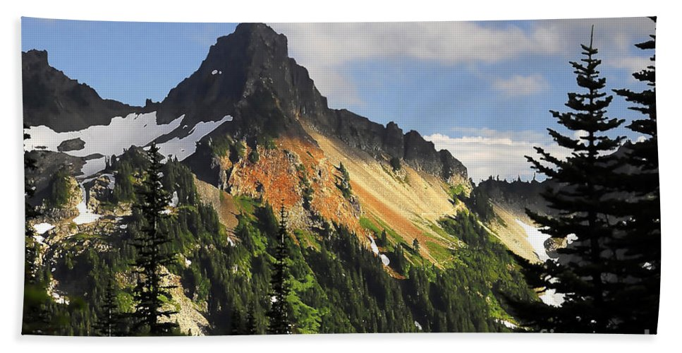 Mountains Beach Sheet featuring the photograph Tatosh Range by David Lee Thompson