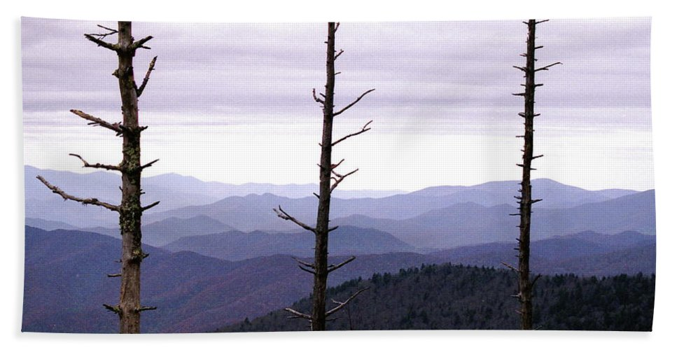Tennessee Beach Towel featuring the photograph Tennessee Mountains by Michael Peychich
