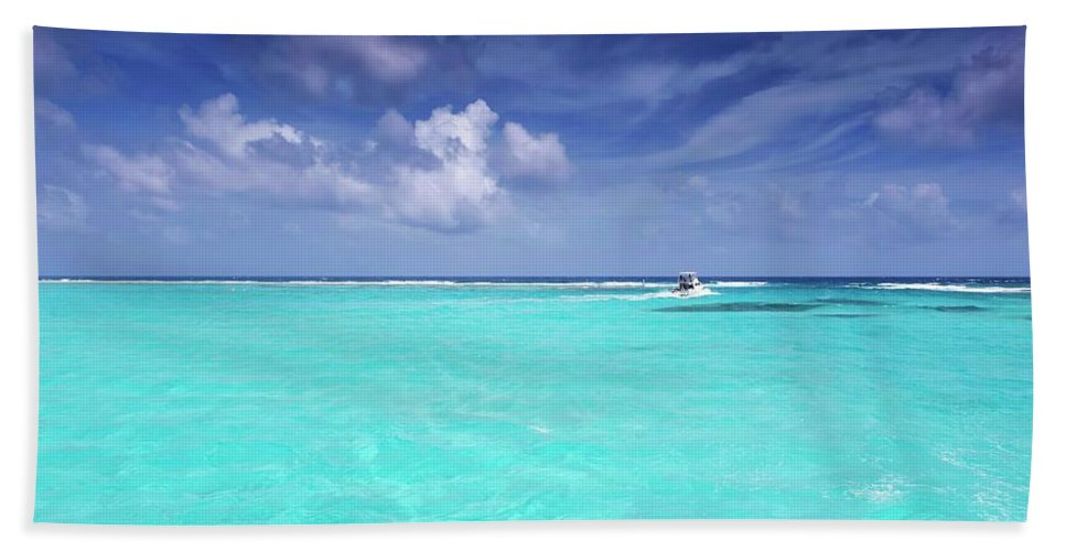 Ocean Beach Towel featuring the photograph The Big Blue by Stephen Anderson