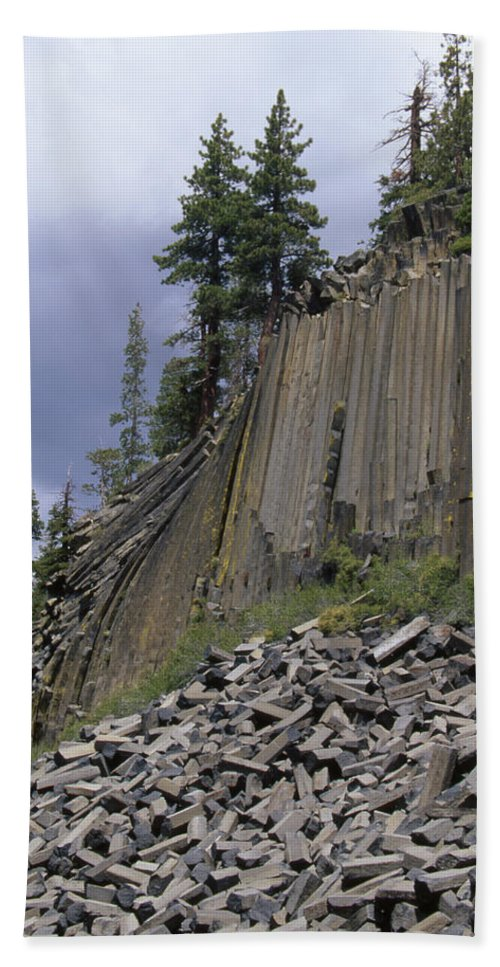 Devil's Postpile Beach Towel featuring the photograph The Devil's Postpile by Soli Deo Gloria Wilderness And Wildlife Photography