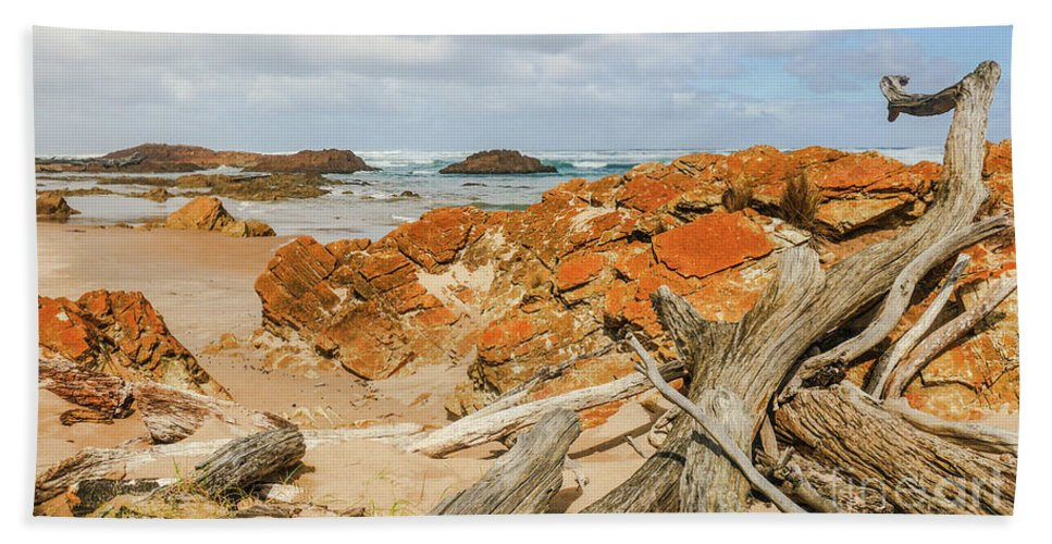 Tantalising Tasmania Series By Lexa Harpell Beach Towel featuring the photograph The Edge Of The World 2 by Lexa Harpell
