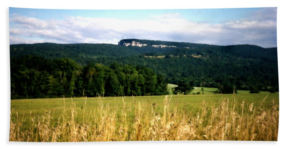 Mountains Beach Towel featuring the painting The Gunks by Paul Sachtleben