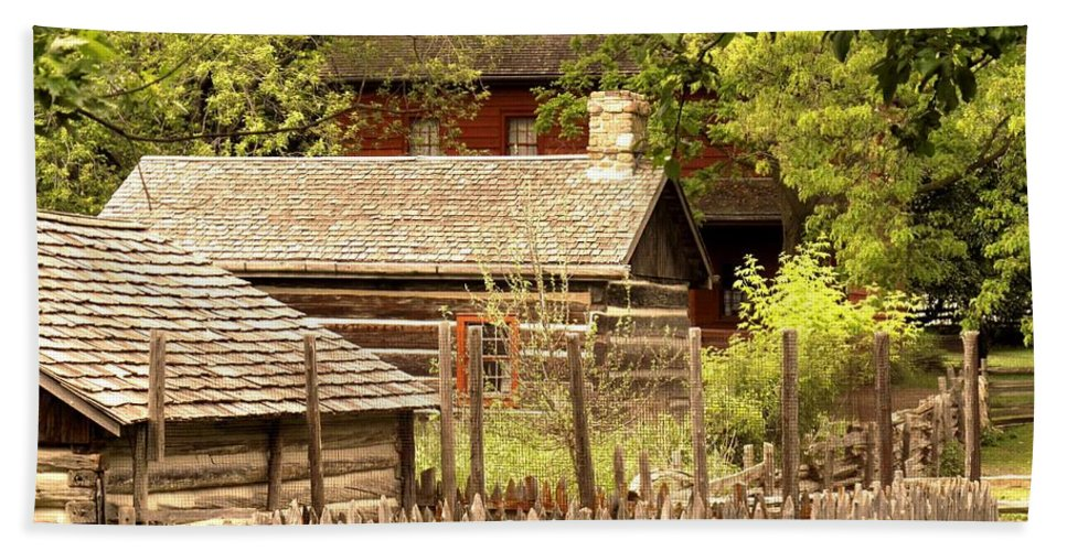 Log Cabins Beach Towel featuring the photograph The Homestead by Ian MacDonald