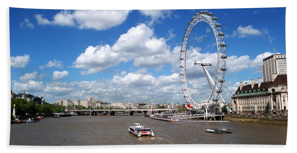 London Eye Beach Towel featuring the photograph The London Eye by Chris Day