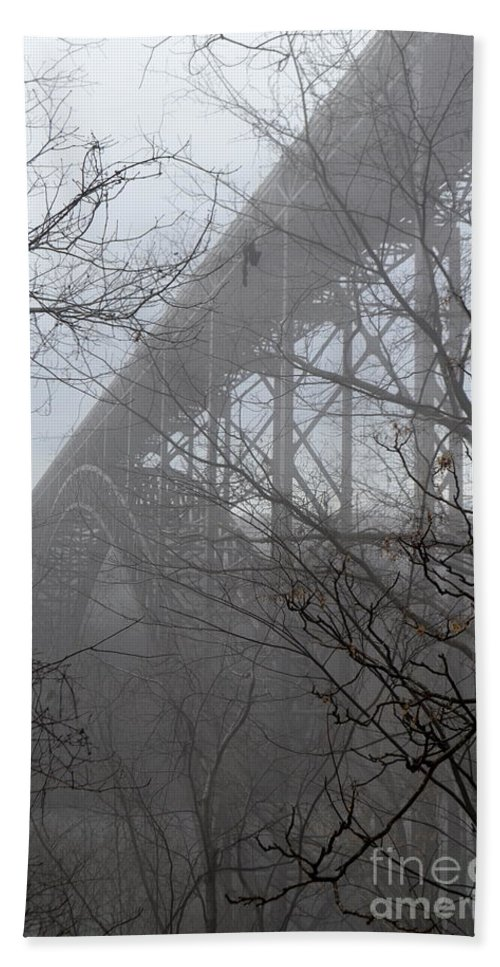 New River Gorge Beach Towel featuring the photograph The New River Gorge Bridge by Suranga Basnagala