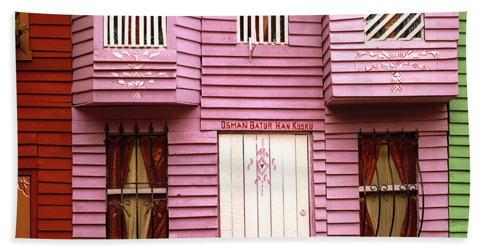 Home Beach Towel featuring the photograph The Pink House by Shaun Higson