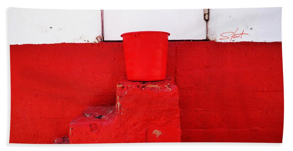 Red Beach Towel featuring the photograph The Red Bucket by Charles Stuart