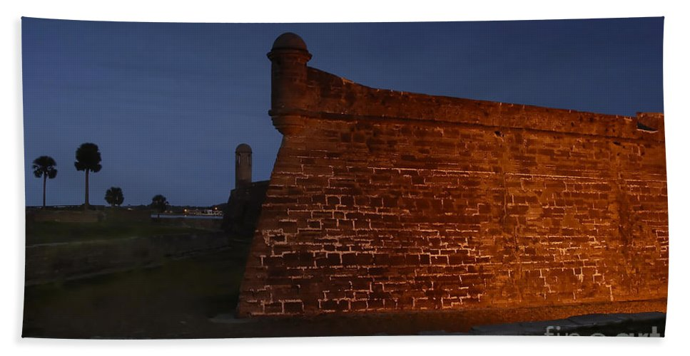 Castillo Beach Towel featuring the photograph The Red Castillo by David Lee Thompson