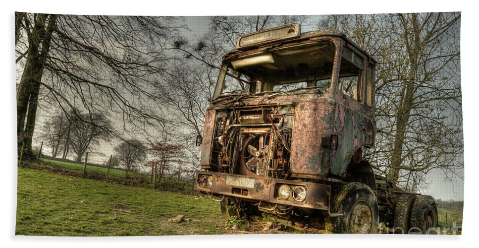 Truck Beach Towel featuring the photograph The Rusting Rig by Rob Hawkins