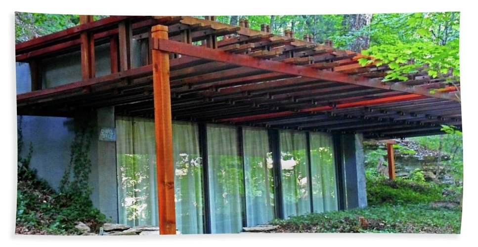 Eureka Springs Beach Towel featuring the photograph Thorncrown Chapel 2 by Ron Kandt