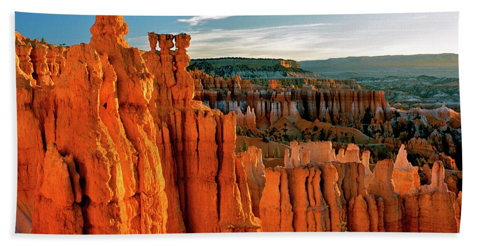 National Park Beach Towel featuring the photograph Thor's Hammer Bryce Canyon National Park by Ed Riche