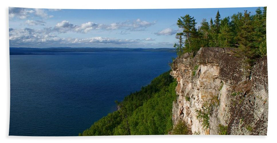 Thunder Bay Lookout Beach Towel featuring the photograph Thunder Bay Lookout by Joanne Smoley