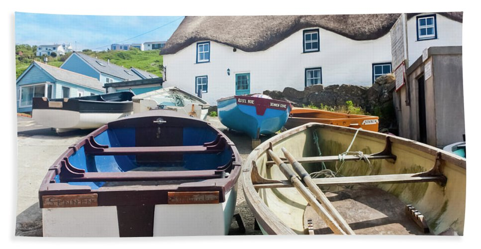 Tinker Taylor Cottage Sennen Cove Beach Towel featuring the photograph Tinker Taylor Cottage Sennen Cove Cornwall by Terri Waters