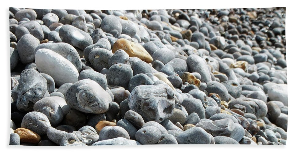 Stone Beach Towel featuring the photograph To The Right by Laura Hologram