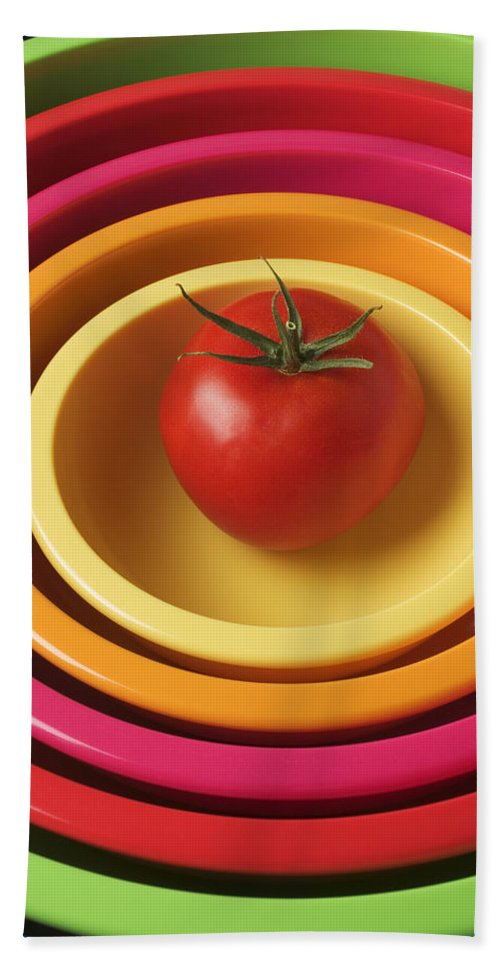 Tomato Beach Towel featuring the photograph Tomato In Mixing Bowls by Garry Gay