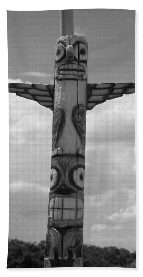 Black And White Beach Towel featuring the photograph Totum by Rob Hans