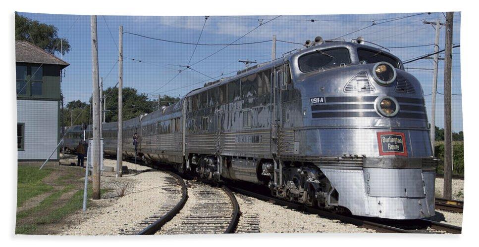 Trains Engine 9911a Emd E5 Diesel Burlington Route 01 Beach Towel