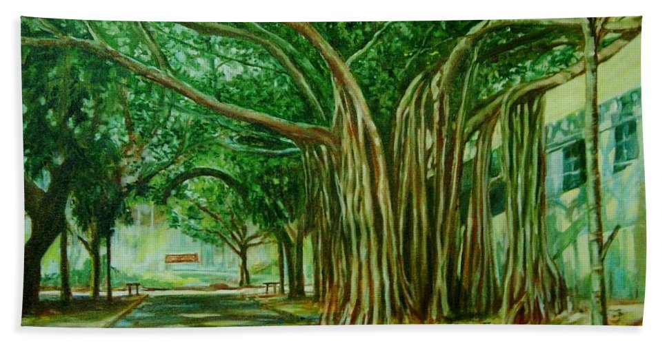 Tree Beach Towel featuring the painting Tree Old Guy by Usha Shantharam