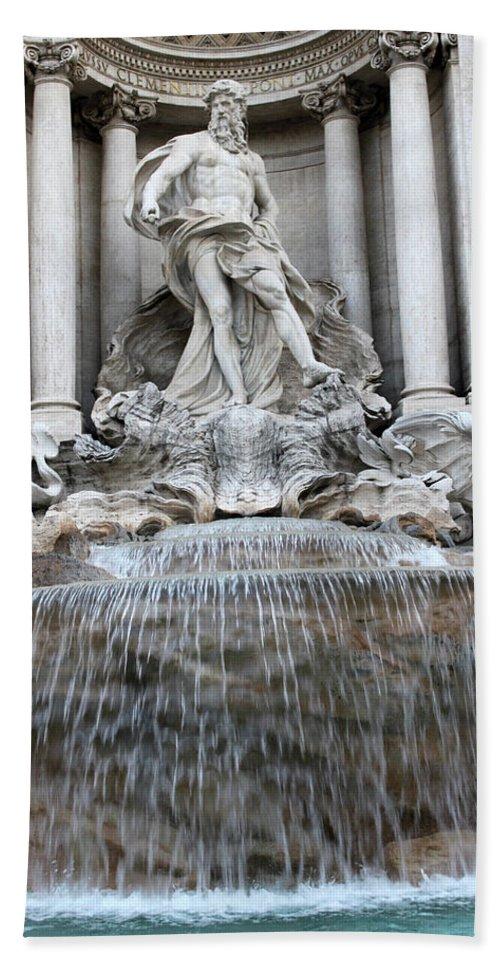 Trevi Beach Towel featuring the photograph Trevi Fountain Rome by Munir Alawi
