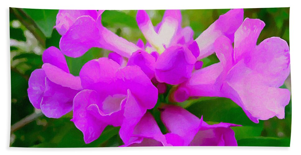 Background Beach Towel featuring the painting Trumpet Flower 1 by Jeelan Clark