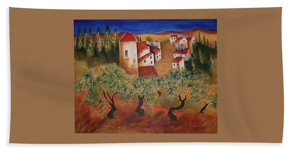 Beach Towel featuring the photograph Tuscany Landscape by Elizabeth Hoare Gregory