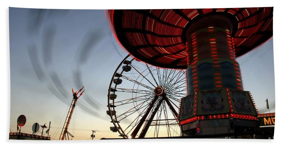 Fair Beach Towel featuring the photograph Twirling Away by David Lee Thompson