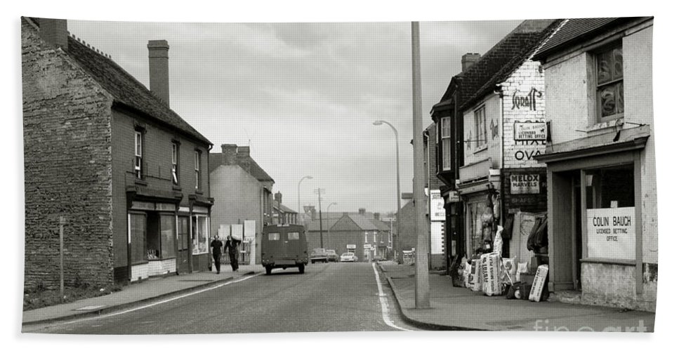 Hart Photography Beach Towel featuring the photograph Upper High Street, Lye - 1960's  Ref-64 by William Hart