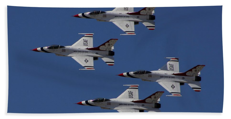 Usaf Thunderbirds Beach Towel featuring the photograph Usaf Thunderbirds by Tommy Anderson
