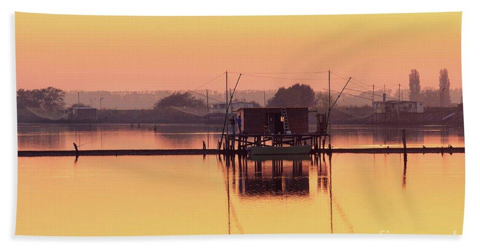 Po River Beach Sheet featuring the photograph Valli Di Comacchio Sunset Ferrara Emilia Romagna Italy by Luca Lorenzelli