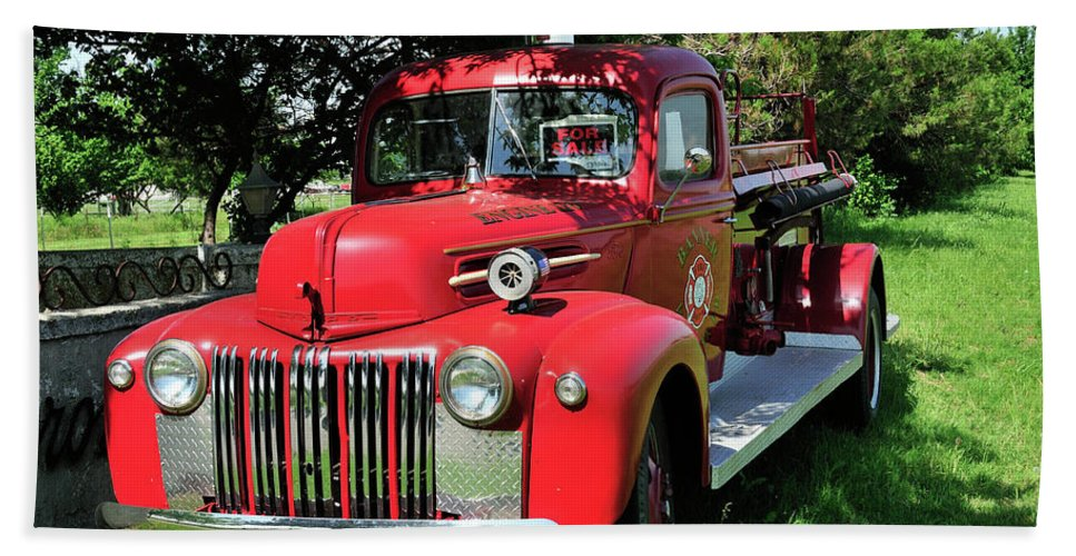 Fire Engine Beach Towel featuring the photograph Vintage Fire Truck by Betty LaRue