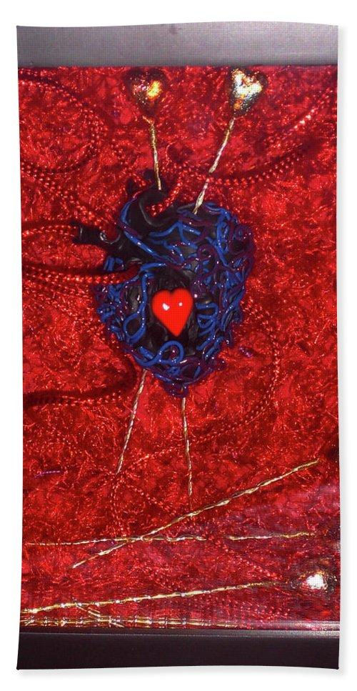 Voodoo Heart Sculpture Beach Towel featuring the sculpture Voodoo Heart by Judy Henninger