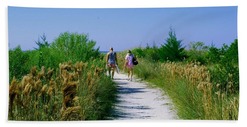 Walking Beach Towel featuring the photograph Walking To The Beach by Gary Wonning