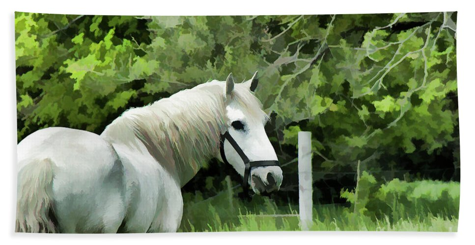 Horse Beach Towel featuring the photograph White Horse In A Green Pasture by Wilma Birdwell