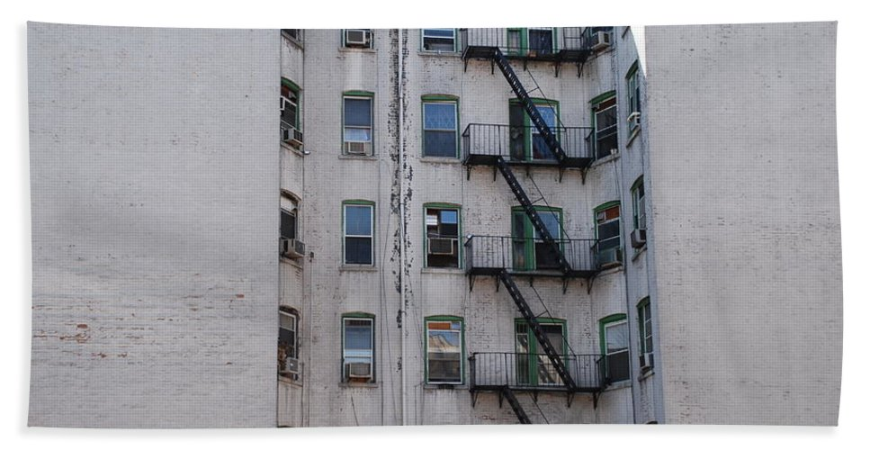 Street Scene Beach Towel featuring the photograph White by Rob Hans