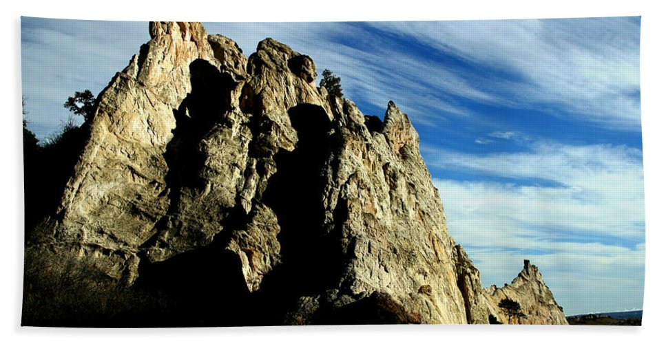 Garden Of The Gods Beach Towel featuring the photograph White Rocks by Anthony Jones