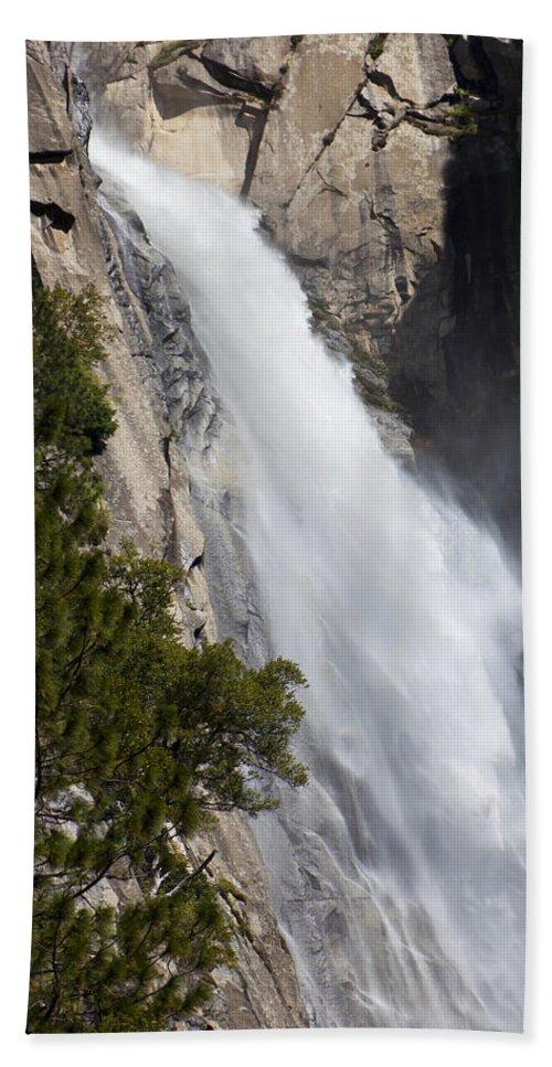 Wildcat Falls Beach Towel featuring the photograph Wildcat Falls by Garry Gay