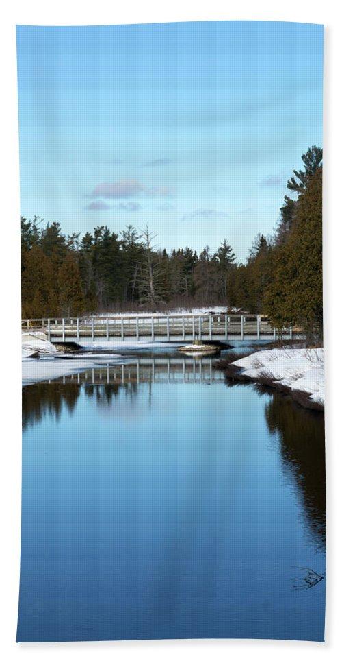 Hickey Creek Beach Towel featuring the photograph Winter At Hickey Creek by Linda Kerkau