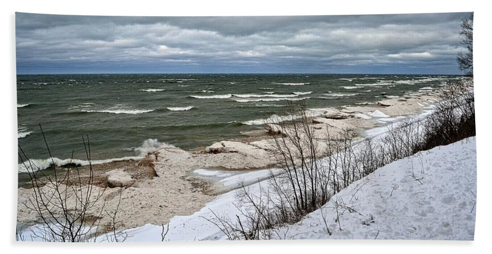 Iceberg Beach Towel featuring the photograph Winter Ice On Lake Michigan Ll by Michelle Calkins