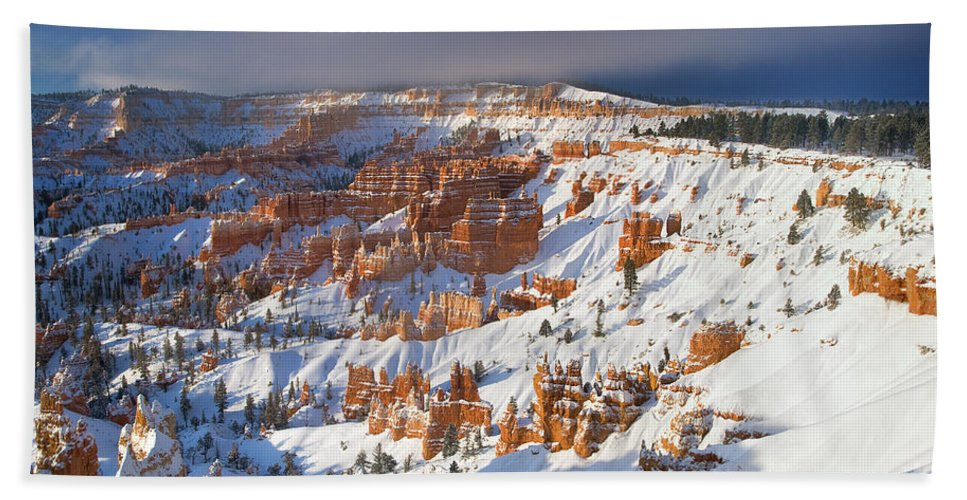 Bryce Canyon National Park Beach Towel featuring the photograph Winter Sunrise Bryce Canyon National Park Utah by Dave Welling