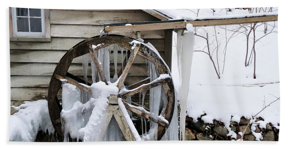 Mill Beach Towel featuring the photograph Winter Wheel by David Arment