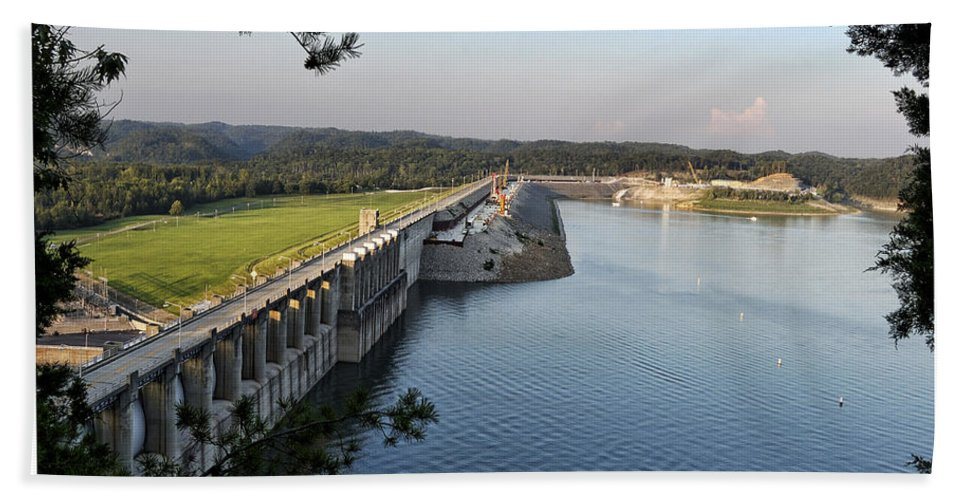 Wolf Beach Towel featuring the photograph Wolf Creek Dam by Amber Flowers