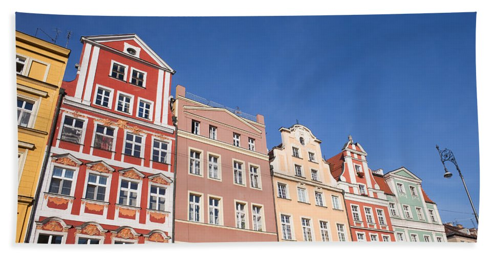 Wroclaw Beach Towel featuring the photograph Wroclaw Old Town Houses by Artur Bogacki