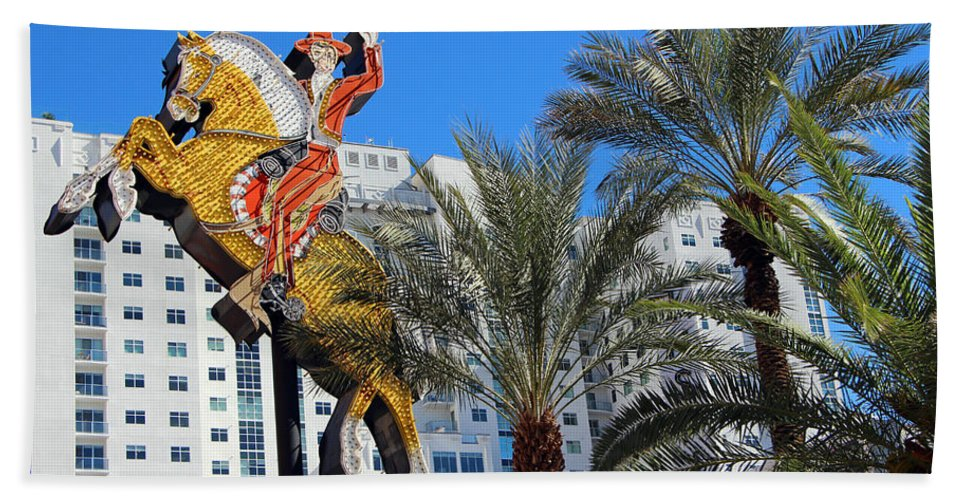 Las Vegas Beach Towel featuring the photograph Yellow Horse by Munir Alawi