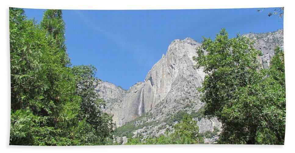 Yosemite Falls Beach Towel featuring the photograph Yosemite Falls Again by Derek Ryan Jensen