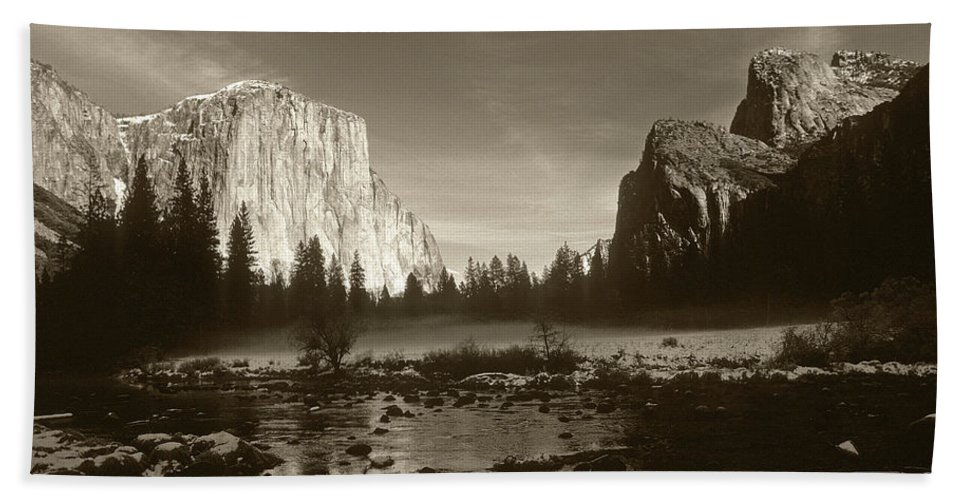 El Capitan Beach Towel featuring the photograph Yosemite by Steve Williams